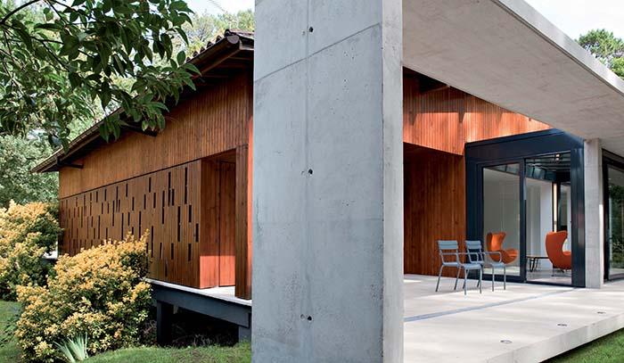 the chicago athenaeum hossegor pierre audat france. Black Bedroom Furniture Sets. Home Design Ideas