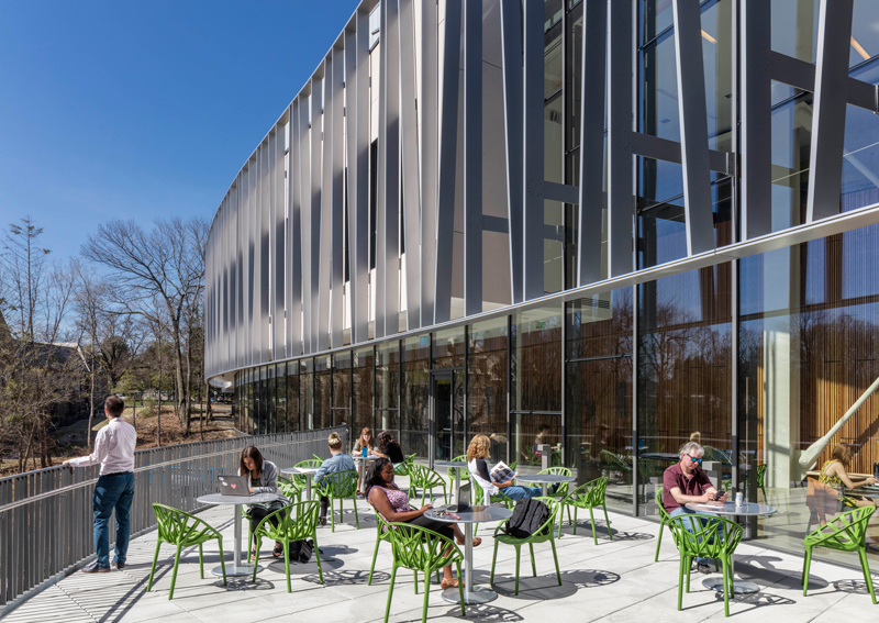 BRIDGE FOR LABORATORY SCIENCES, VASSAR COLLEGE INTEGRATED SCIENCE COMMONS, Poughkeepsie, New York | 2015