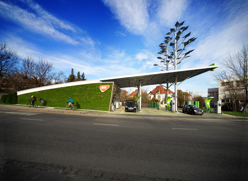 The Chicago Athenaeum Solar Powered Green Petrol Station